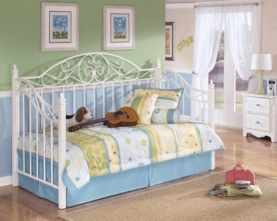 exquisite twin day bed large
