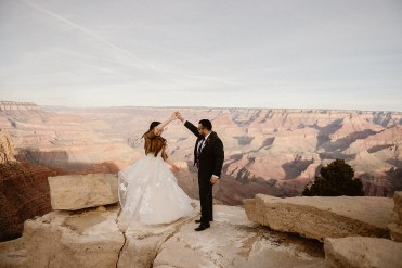 Colorado Elopement Photographer: Ashley Joyce Photography
