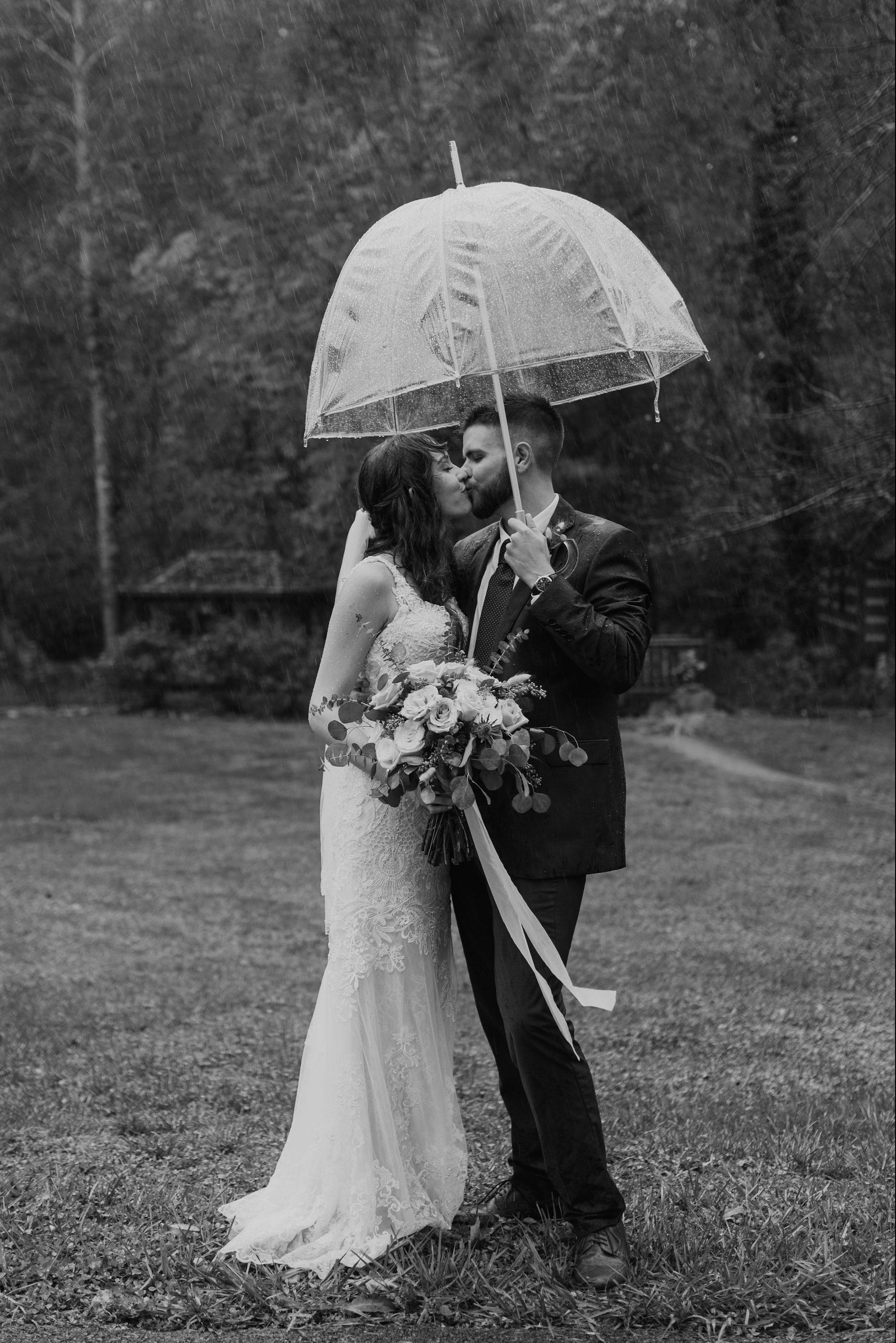 summer wedding at max patch north carolina by ashley leffew photography