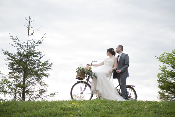 Honey Farm Bride and Groom on Bike Dayton Ohio by Ashley Lynn Photography (34)