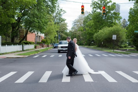 The_Beatles_Abbey_Road_Yellow_Springs_Wedding_by_Ashley_Lynn_Photography (15)