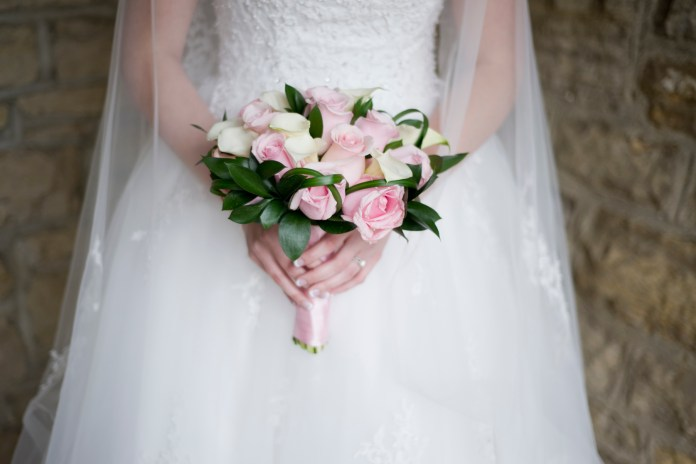 Mills_Park_Hotel_Yellow_Springs_Wedding_by_Ashley_Lynn_Photography (9)