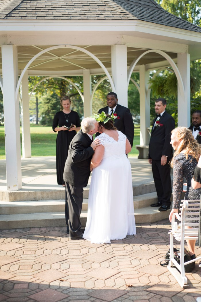 1016-Polen-Farm-Kettering-Ohio-Wedding-by-Ashley-Lynn-Photography