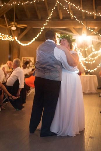 1031-Polen-Farm-Kettering-Ohio-Wedding-by-Ashley-Lynn-Photography