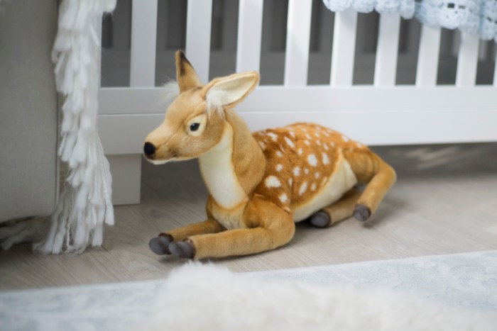 1017_neutral_woodland_creature_animal_nursery_byAshley_Lynn_Photography