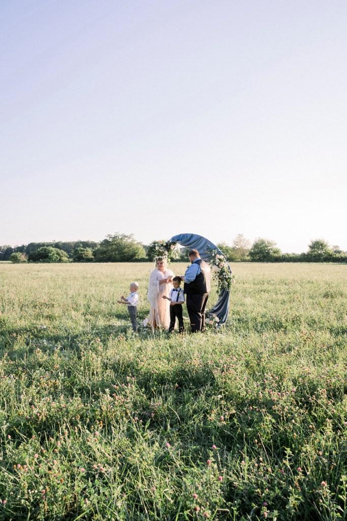 Boho farm 10-year vow renewal in Dayton, Ohio