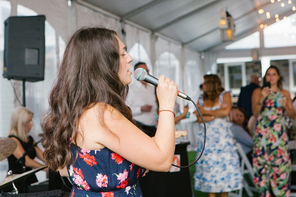 wedding reception singer photographed by Ashley Mac Photographs