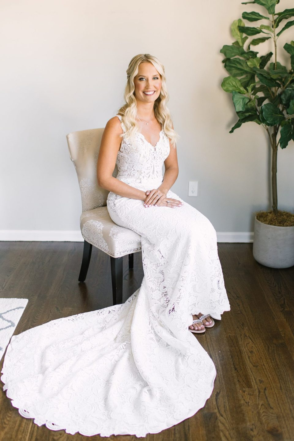 bridal portrait at Rumson Country Club Riverhouse by Ashley Mac Photographs