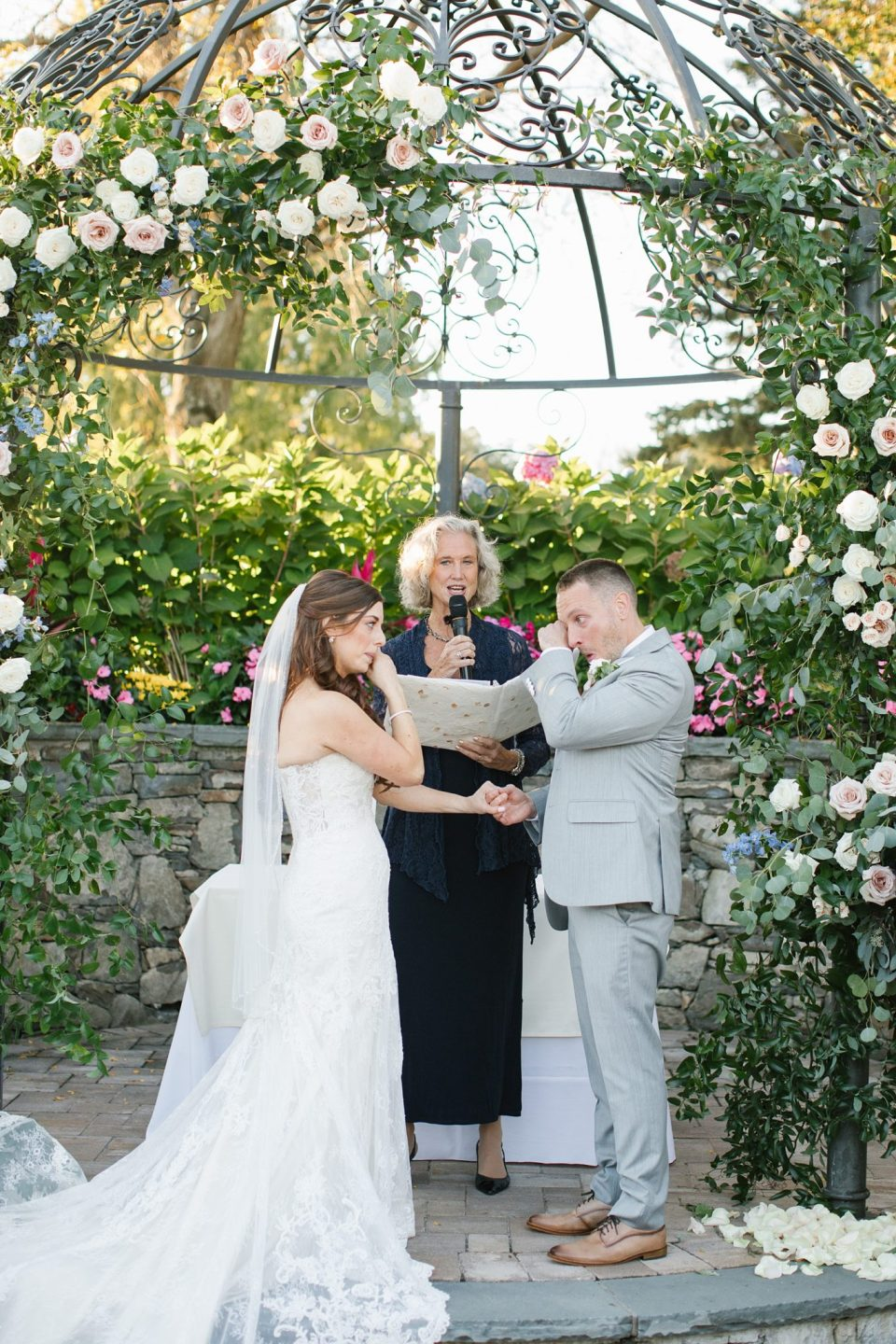 emotional West Hills Country Club wedding ceremony photographed by Ashley Mac Photographs