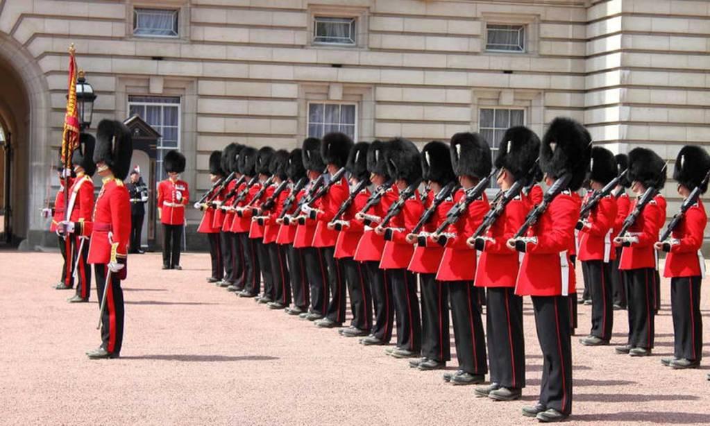grenadiers-guard-mount