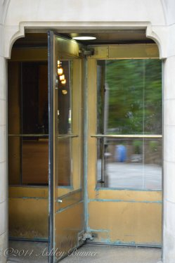 Revoloving doors to the Cathedral of Learning