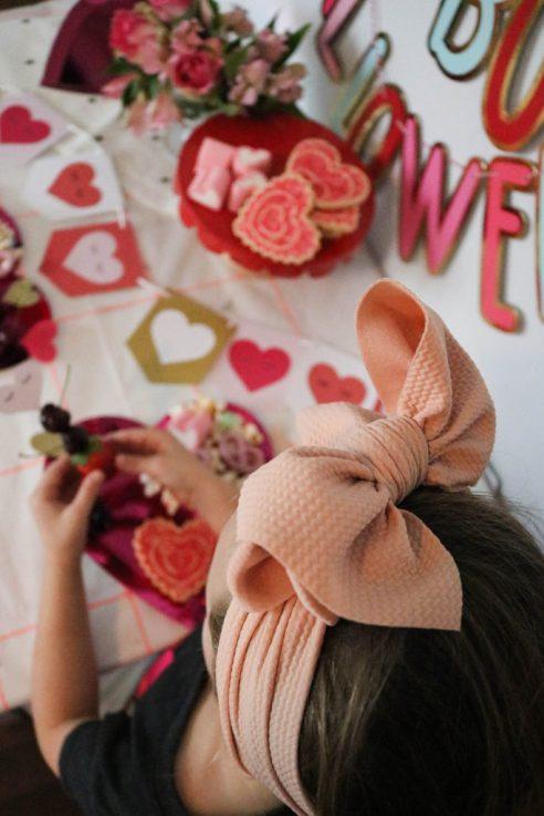 Girls Bow Headband For Valentine's Party Decor Heart Eyes