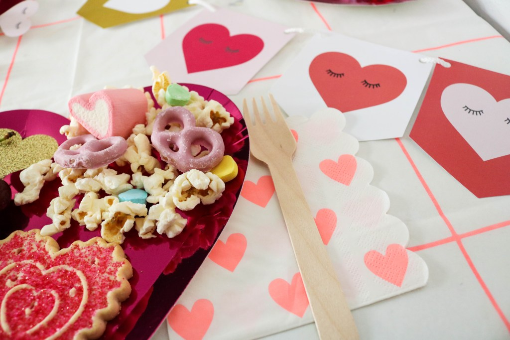 Valentine's Day Place Setting Popcorn Cookies Heart Shape