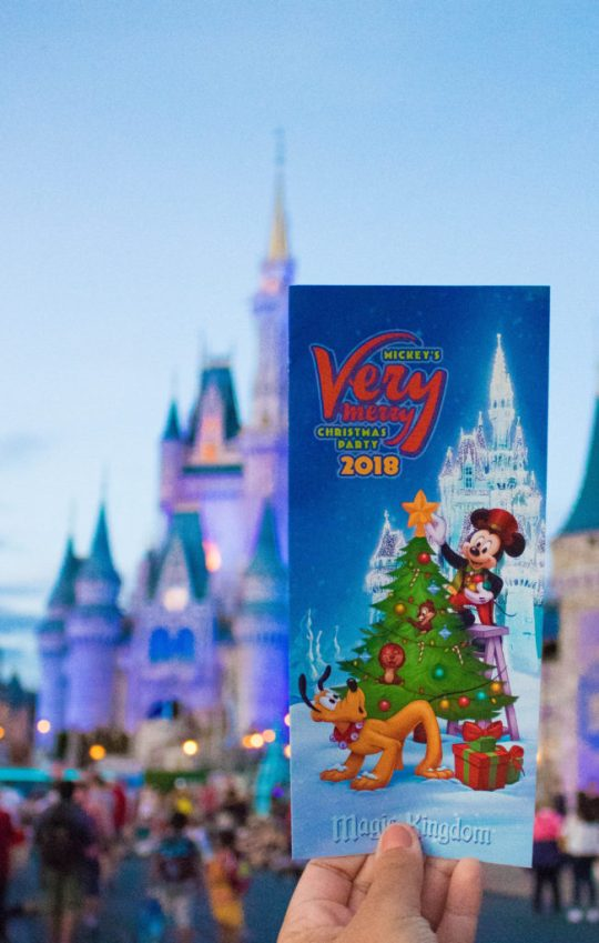 Mickeys Very Merry Christmas Party 2018 Map.Christmas At Disney Mickey S Very Merry Christmas Party