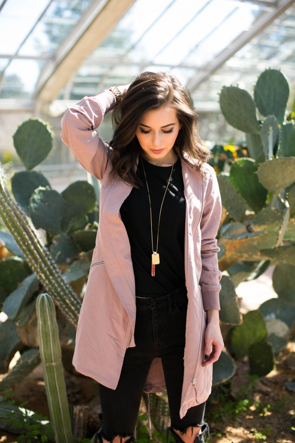 How to maximize your closet with basic wardrobe pieces featured by popular Los Angeles fashion blogger, Ashley Hodges