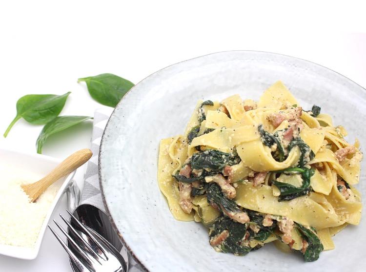 papardelle met spinazie, spekjes en truffelolie