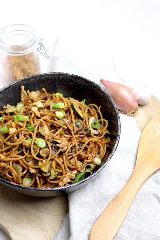 Vegetarische Surinaamse bami