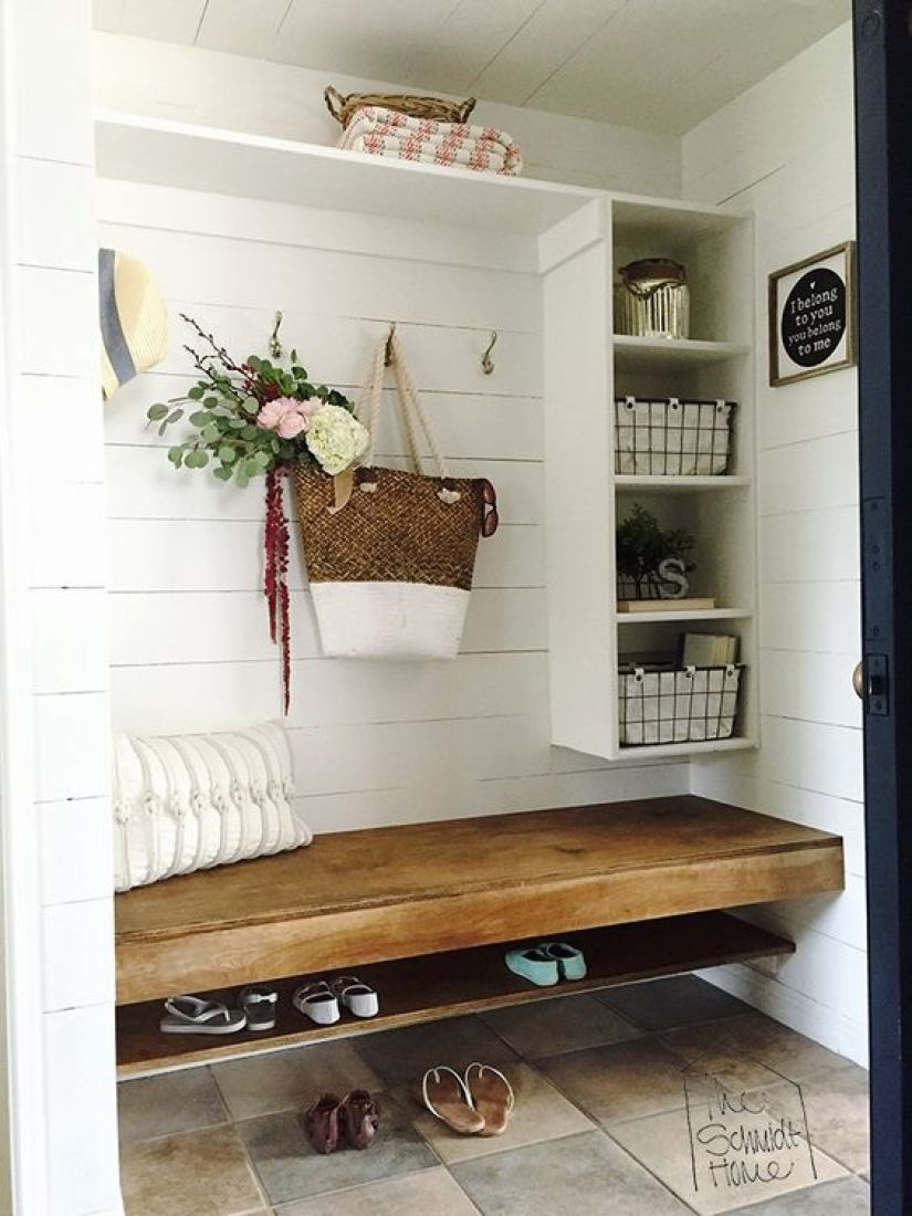mudroom for small space