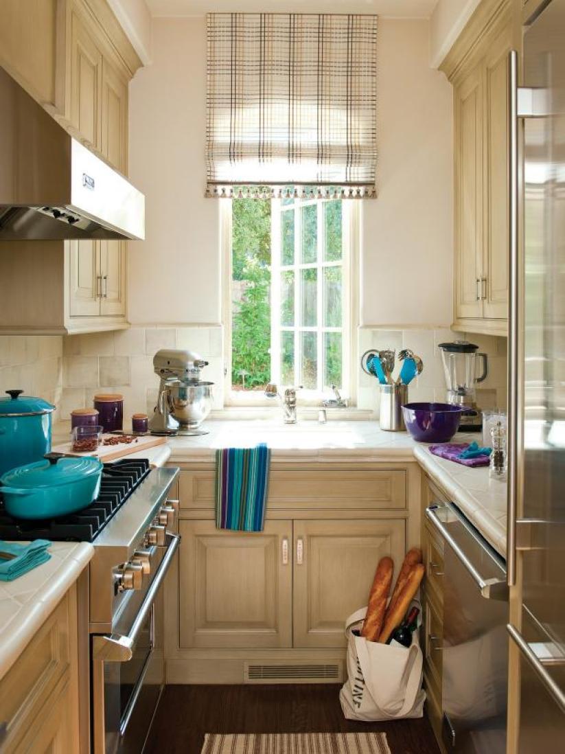 kitchen layout ideas small