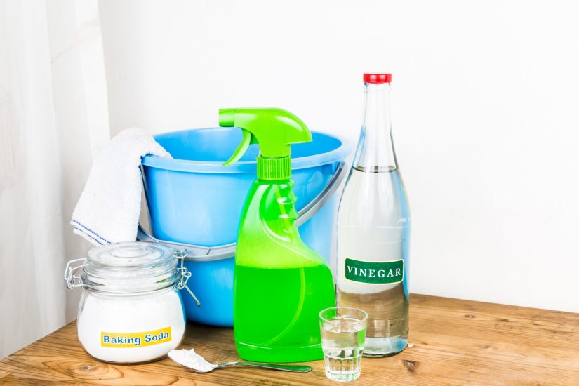 cleaning granite countertops vinegar