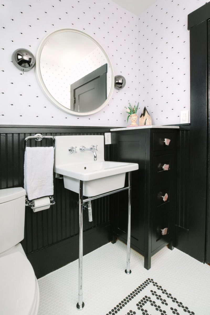 easy clean clutter half bathroom ideas