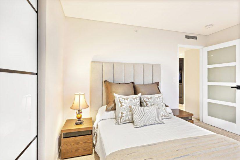 very small master bedroom design ideas