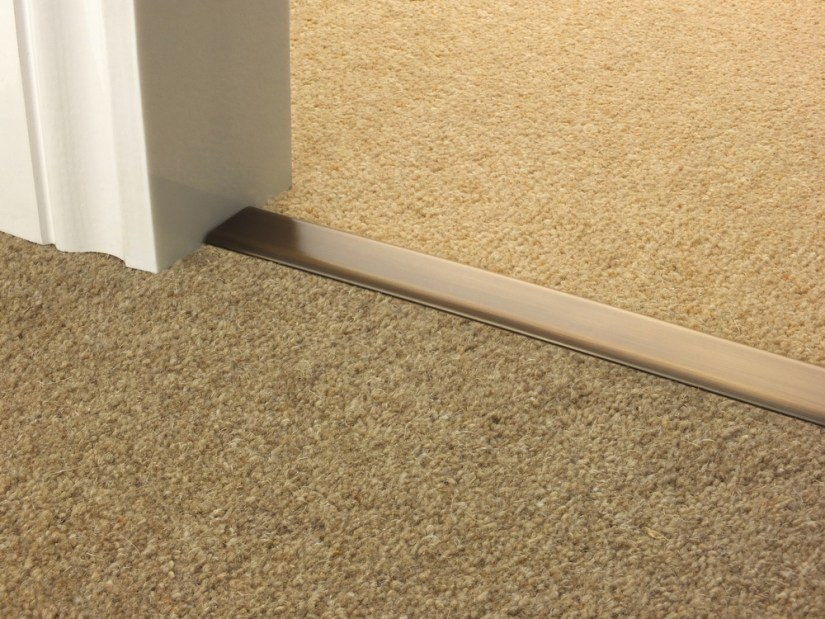 how to clean dog pee from carpet