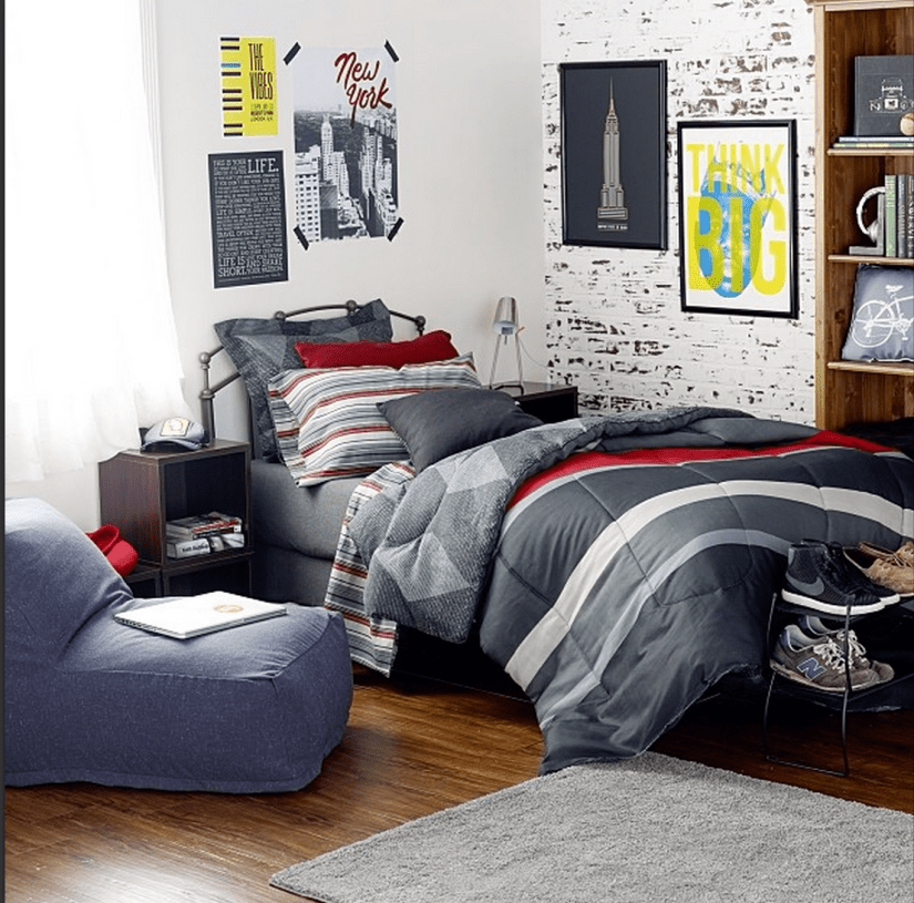 small dorm room ideas for guys