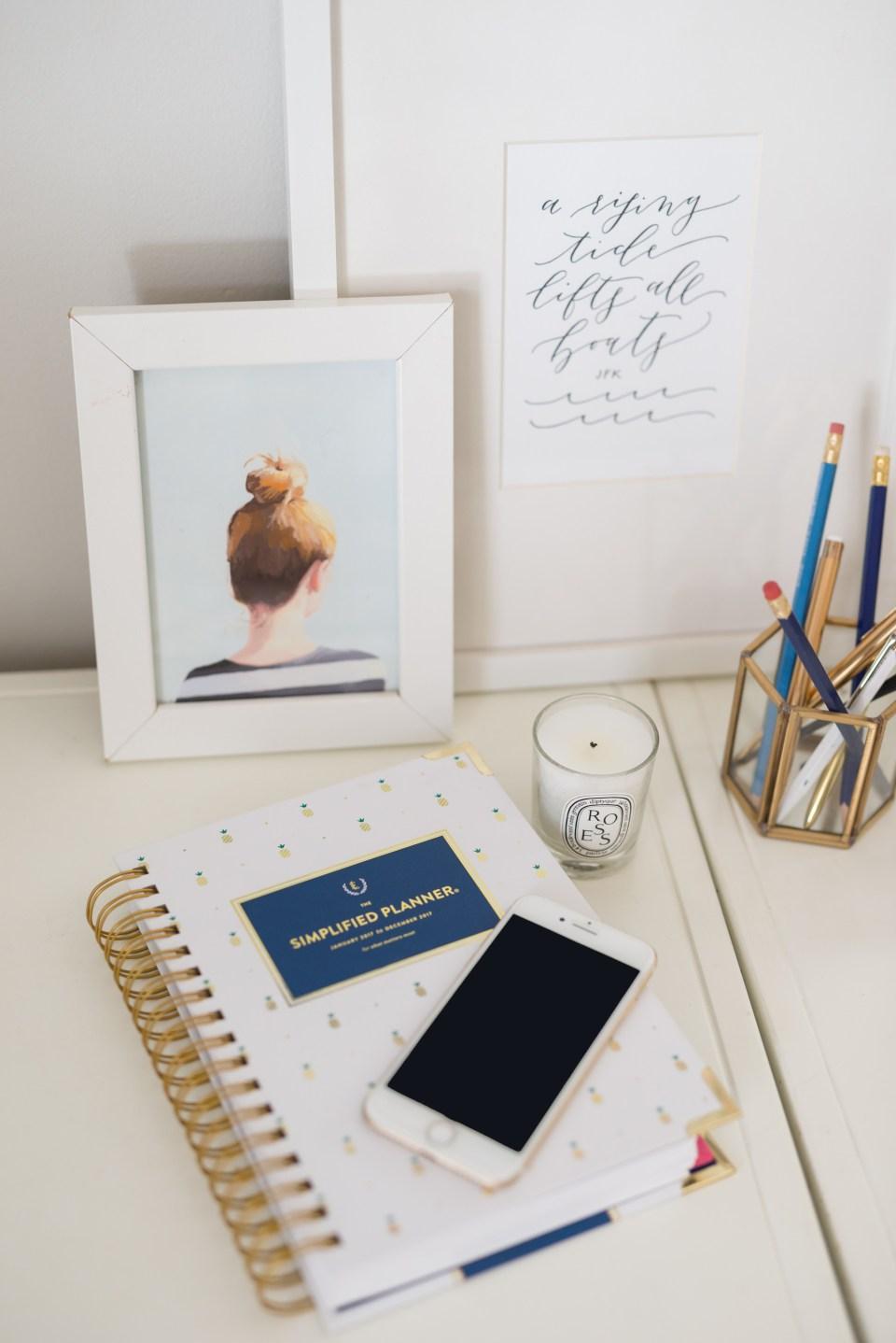 Simplified Planner Ashlyn Carter