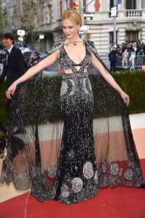 Nicole-Kidman-Alexander-McQueen-Met-Gala-2016