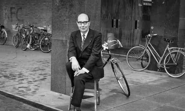 Guardian, 4 November 2018 / 'Letters Home 1936-1977 by Philip Larkin, edited by James Booth – review' / Photo: Jane Brown