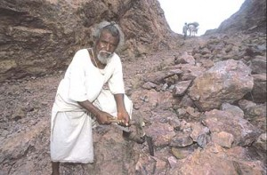 Dashrath Manjhi 300x197 18 Of The Most Inspiring Feats Of Human Endurance