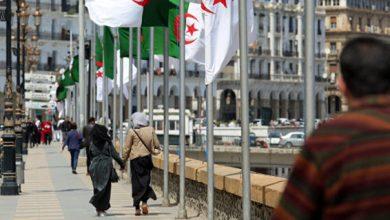 Photo of الأمم المتحدة: إغلاق الجزائر حدودها أدى إلى تقطع السبل بالسوريين في الصحراء