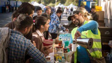 Photo of منظمة دولية تصنف العراق ثاني أفضل دولة في مساعدة الغرباء