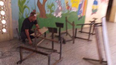 """Photo of مدرسة ابتدائية في كركوك تبادر بتصليح المقاعد وصبغ وصيانة الصفوف استعدادا"""" للشتاء وتستحدث صندوق للايتام"""