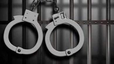Photo of شرطة ذي قار تلقي القبض على 33 متهما بقضايا مختلفة