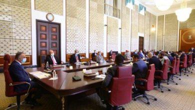 Photo of اللجنة العليا تقرر فرض الحظر الشامل للتجوال لمدة أسبوع