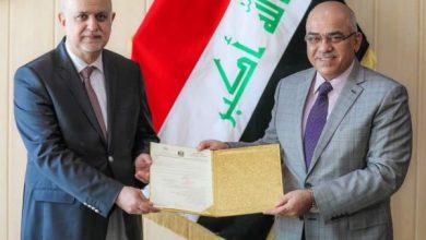 Photo of وزير التعليم يكلف الأستاذ الدكتور علي الشاوي رئيسا لجامعة النهرين