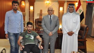 Photo of وزير التعليم يوجه بشمول طالب متفوق من ذوي الاحتياجات بالمنحة المجانية وقبوله في تخصص الصيدلة
