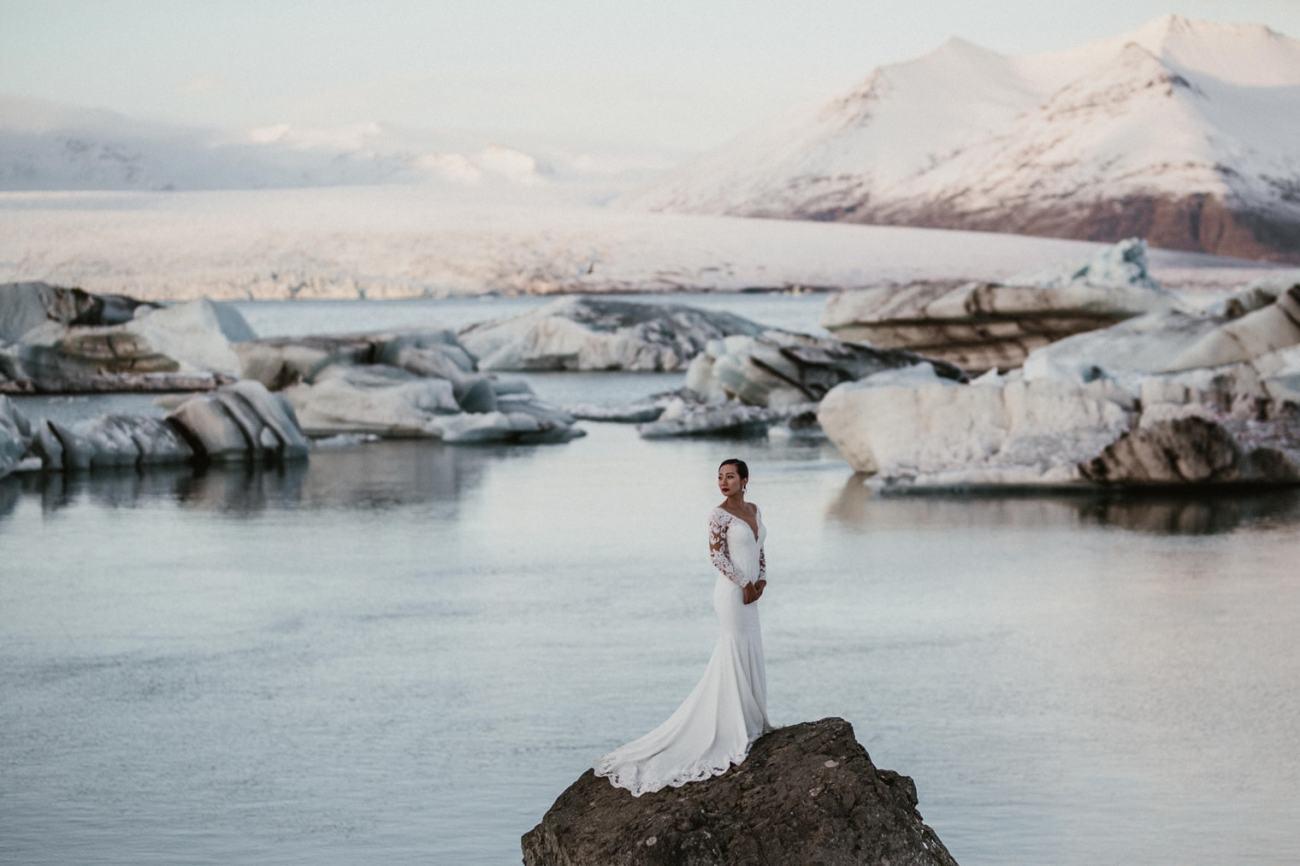jokulsarlon glacier lagoon wedding