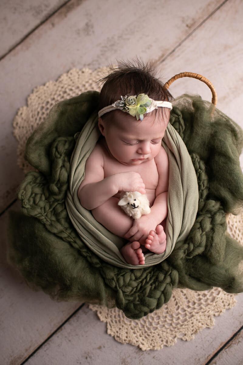 Newborn Photographer Naples_-16.JPG