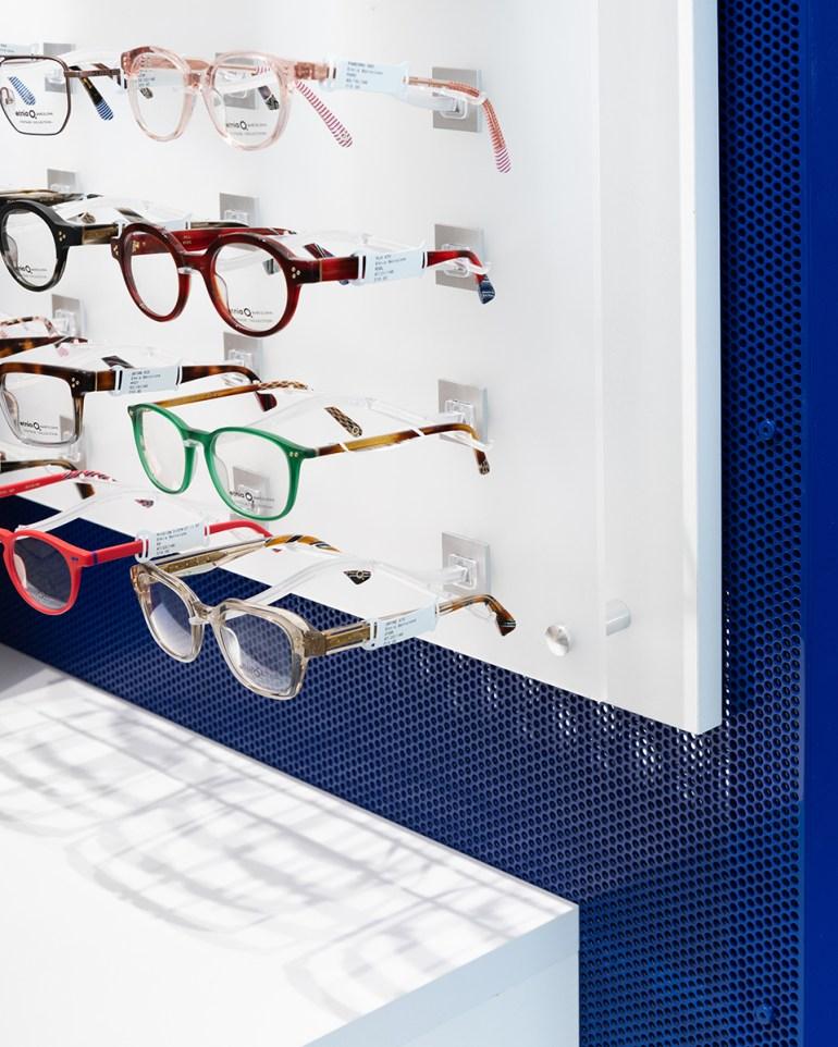 WE_Glasses-detail