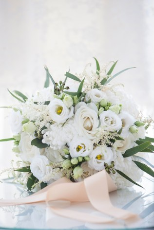 winter-white-bouquet