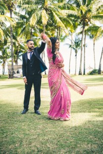 75 Studio Wedding Rishi Varsha 69