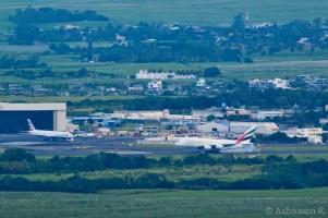 Climbing Lion Mountain - The Emirates A380 Landing