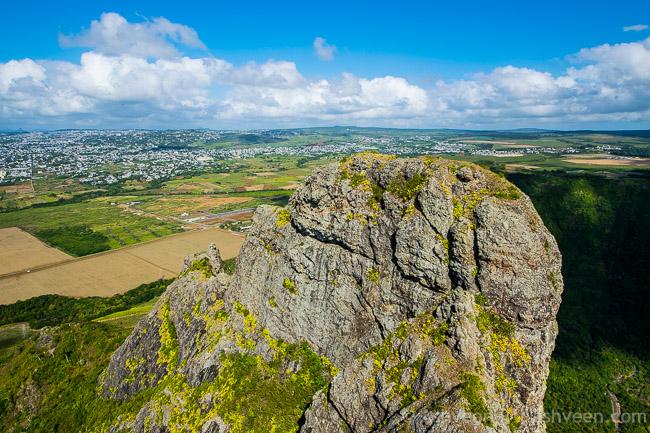 Hiking Trois Mamelles - Third Peak