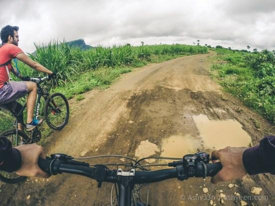 MTB Mauritius - Beau Songes - Towards La Ferme Pipeline