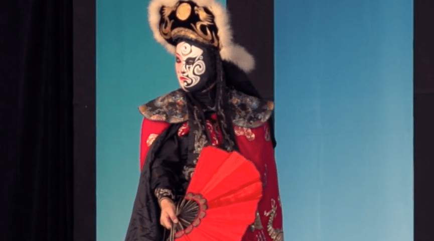 photo of a man dressed in traditional chinese costume
