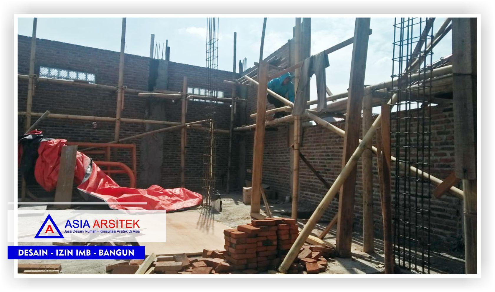 Proses-pengerjaan-kontruksi-di-lantai-2-rumah-klasik-bu-Elisa-2