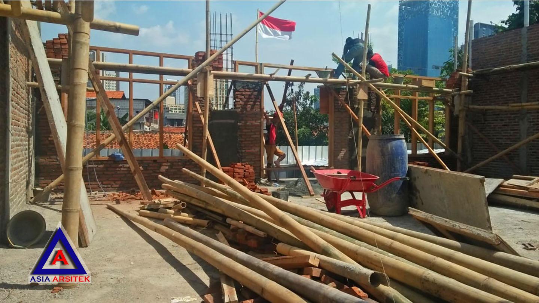 Proses Pemasangan Bata Merah Jasa Desain Rumah Klasik/Classic Mewah Bu Elisa Di Jakarta Timur